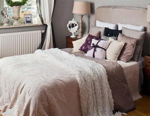 Как оформить интерьер небольшой спальни?