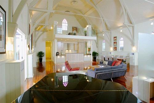 Квартира в церкви