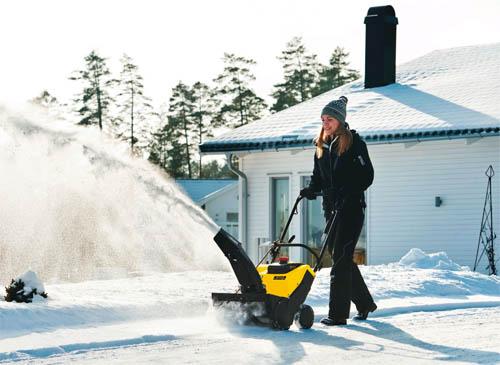 Снегоуборщики Huter – помощники в хозяйстве