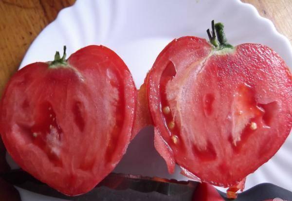 Томаты Бычье сердце: характеристика сорта и правила агротехники