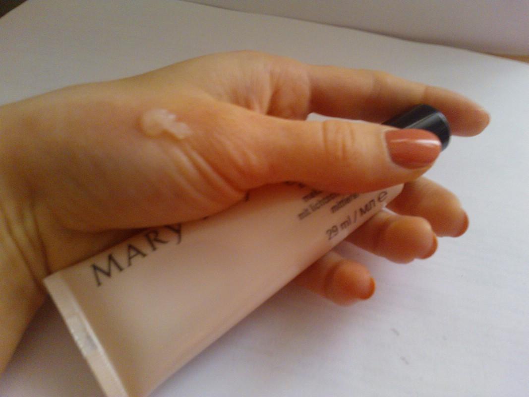 Основа под макияж Mary Kay Foundation Primer