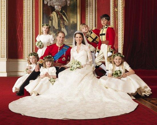 Принц Уильям и Кейт Миддлтон вступили в законный брак